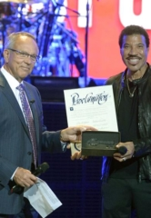 "Lionel Richie Presented with the Key to Las Vegas' Iconic Strip; August 15 Declared as ""Lionel Richie Day"" by Clark County Commissioner Jim Gibson"