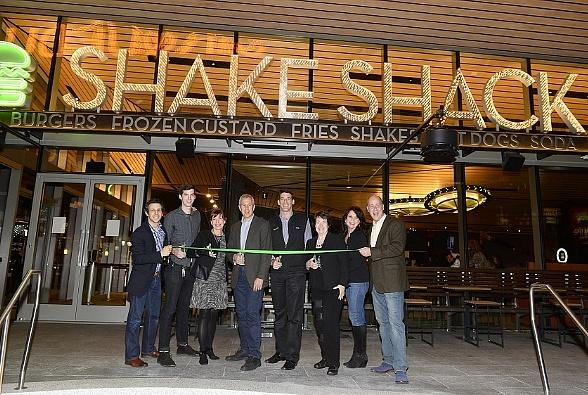Shake Shack Opens First West Coast Restaurant In Las Vegas