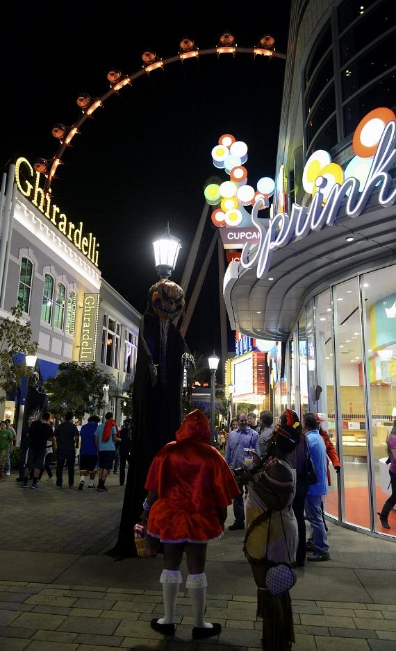 Las Vegas' The LINQ Promenade and High Roller Celebrate Inaugural Halloween Weekend