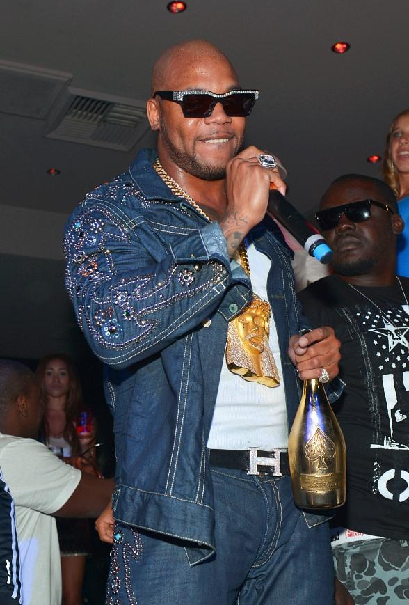Flo Rida's Special Live Performance at 1 OAK Nightclub