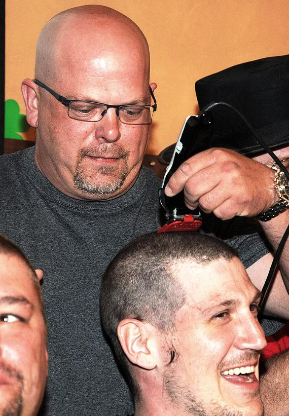 Pawn Stars Rick Harrison shaves heads for St. Baldrick's Foundation