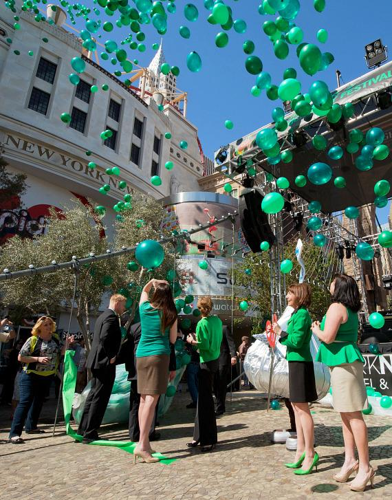 Balloon Release at New York-New York's Ribbon Cutting