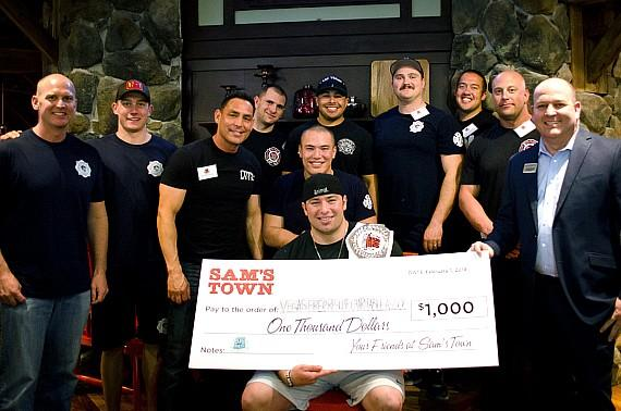 Big Mess Challenge Winner LVMPD Officer Daniel Cruz with LVFRD