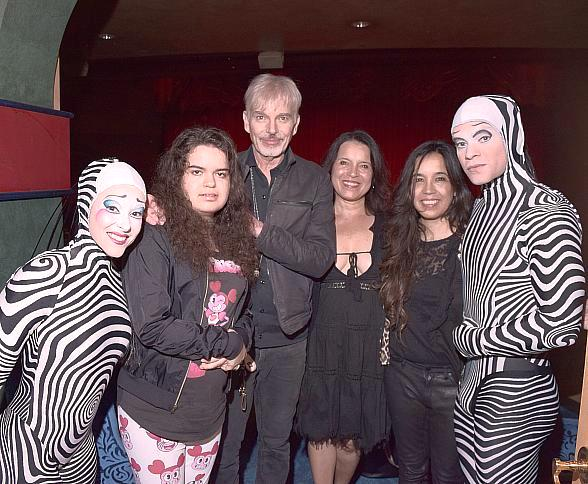 "Billy Bob Thornton and Family Attend ""O"" by Cirque du Soleil"