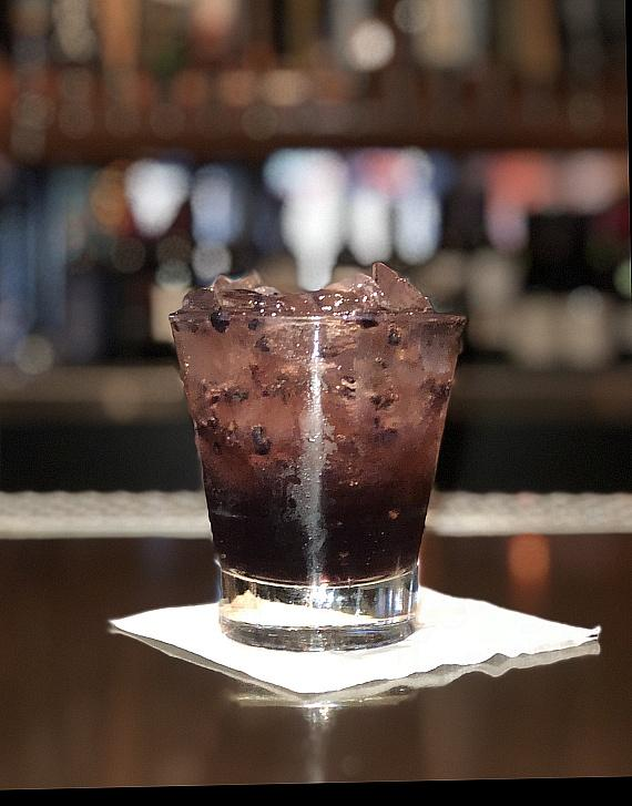 Blackbeard (Captain Morgan Spiced Rum and house-made blackberry ginger ale with fresh blackberries)