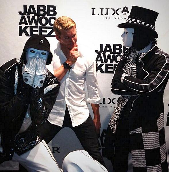 True Blood Star Ryan Kwanten Visits Jabbawockeez Show in Las Vegas