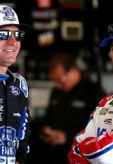 NASCAR Stars Kevin Harvick and Clint Bowyer to Highlight Star Nursery 100 Autograph Session
