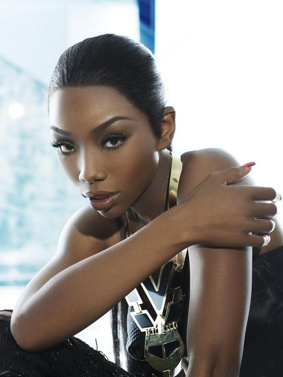 Brandy hosts LAVO for New Year's Eve