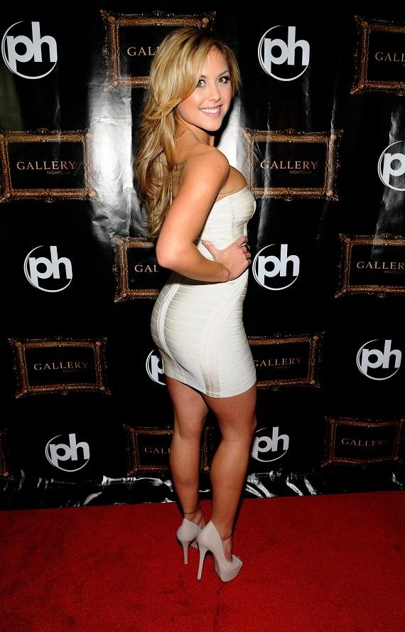Brittney Palmer poses on Gallery Nightclub's Red Carpet