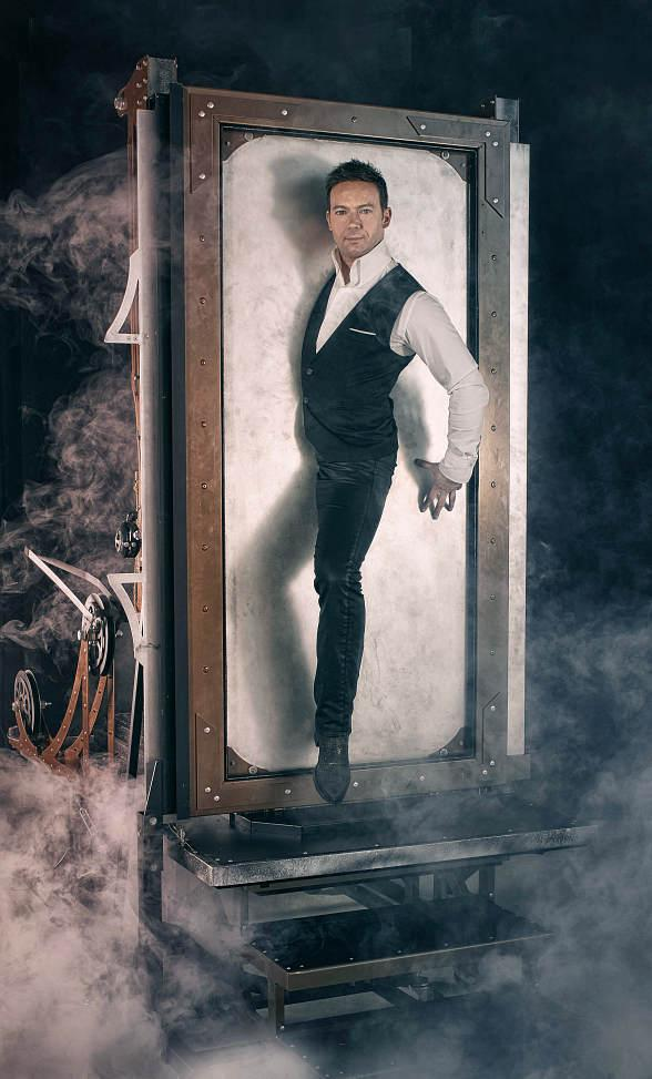 "Grand Illusionist David Goldrake to Unveil All-New ""Imaginarium"" Show at Tropicana Las Vegas"