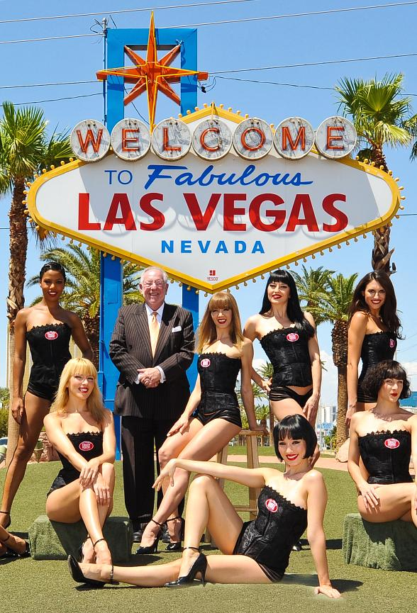 "Mayor Oscar B. Goodman Supports MGM Grand's Crazy Horse Paris Dancers' ""Passport to France"" Promotion"