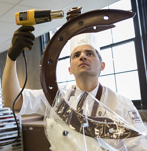 MGM Grand Executive Pastry Chef Florent Cheveau to Represent U.S. in Cacao Barry World Chocolate Masters Competition