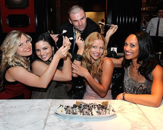 Cast of Spartacus gets playful with Cookie Jar Sundae at Sugar Factory American Brasserie