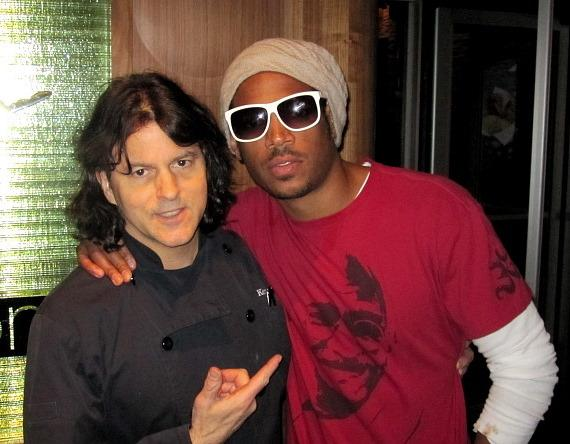 Marlon Wayans with Chef Kerry Simon at Simon at Palms Place
