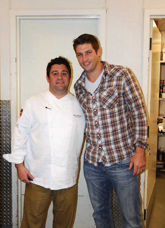 Chicago Bears Quarterback Jay Cutler Dines at Nove Italiano