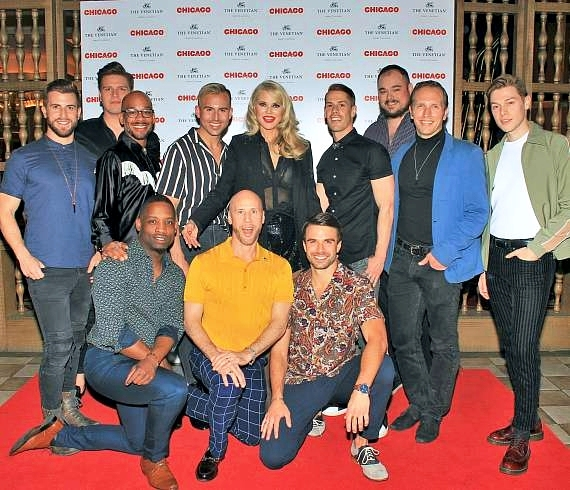 Christie Brinkley and the cast of Chicago