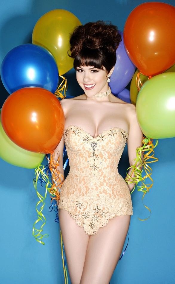 Claire Sinclair to Celebrate 21st Birthday at Crazy Horse III May 26