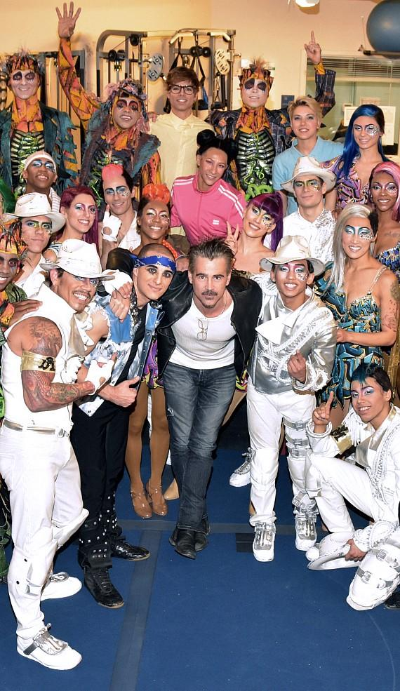 Colin Farrell stands alongside cast of Michael Jackson ONE by Cirque du Soleil