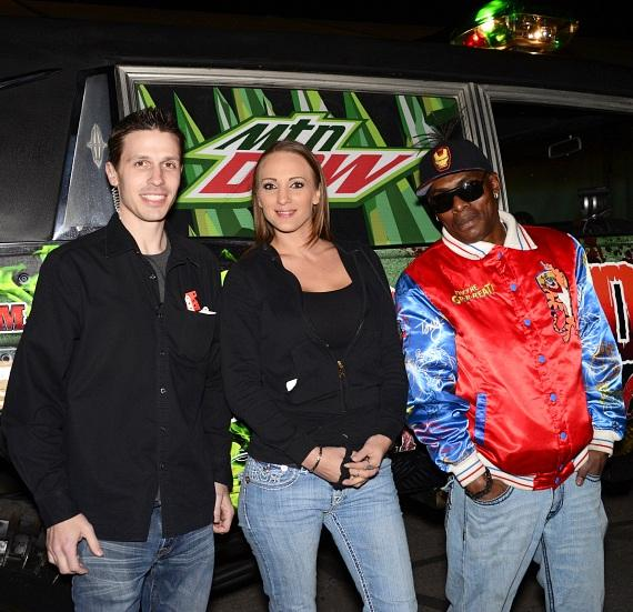 Fright Dome owner Jason Egan, Coolio and Mimi (Coolio's girlfriend) star of Wife Swap