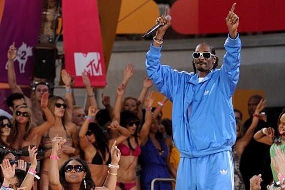 Snoop Dogg at the Palms Pool & Bungalows