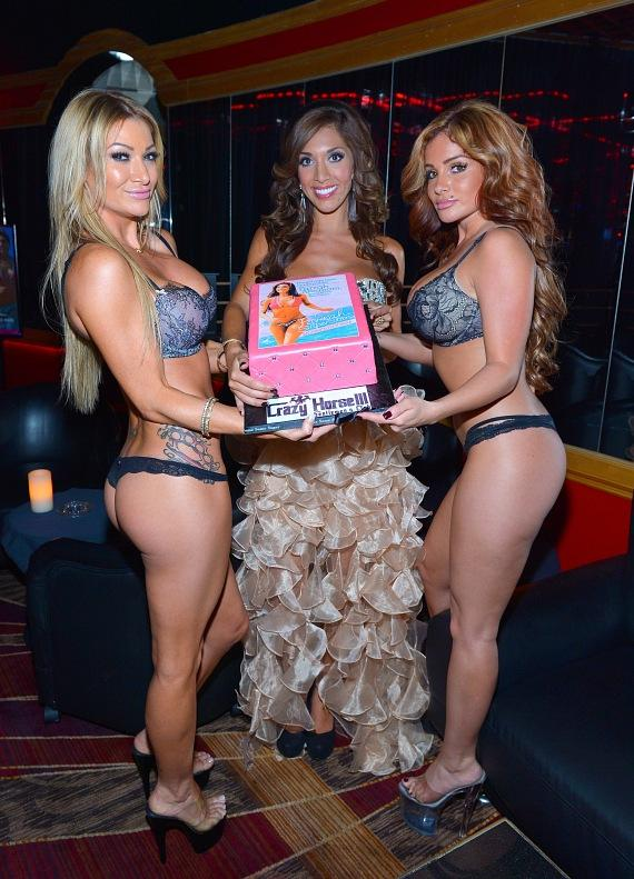 Crazy Horse III entertainers presenting Farrah Abraham with cake