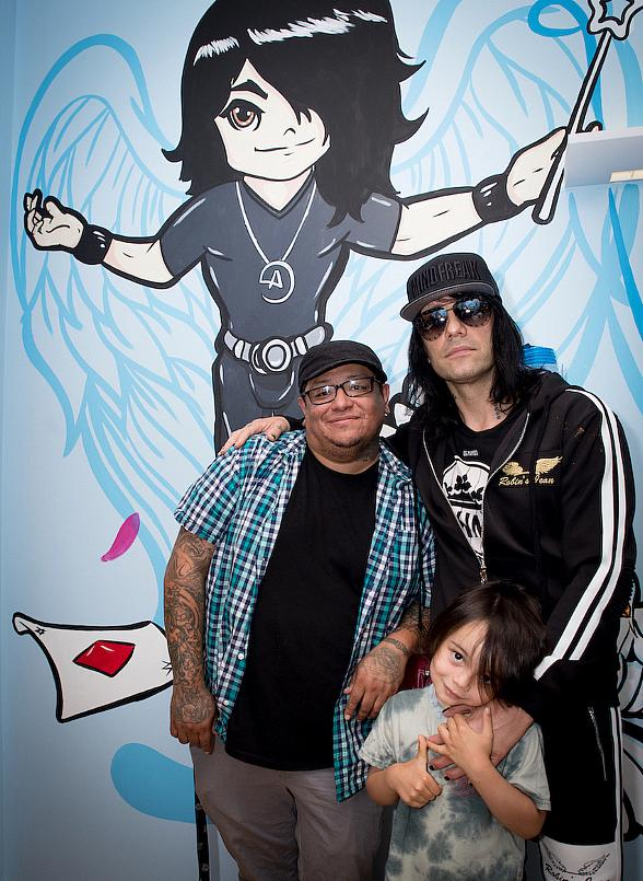 Magic Legend Criss Angel Debuts Themed Patient Exam Room at Cure 4 the Kids Foundation