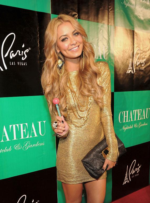 DJ Havana Brown on red carpet