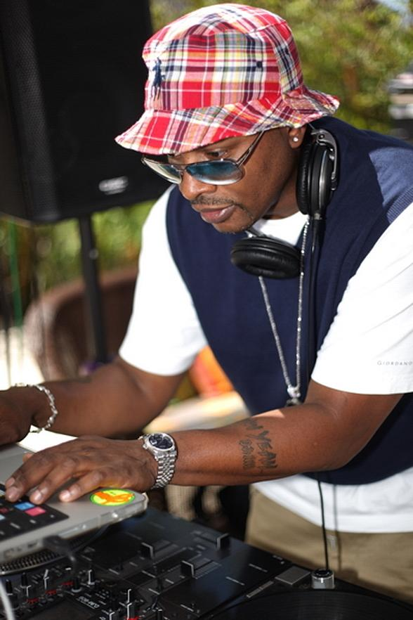 DJ Jazzy Jeff at Ditch Friday