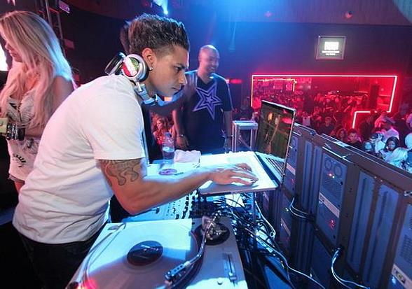 DJ Pauly D to Spin at A Midsummer Night's Dream at Palms Pool & Bungalows August 13