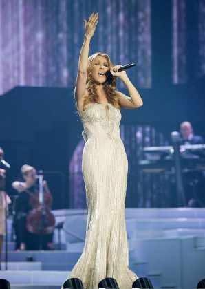 Celine Dion performs her brand new song Recovering on Ellen
