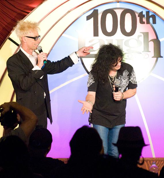 Murray with Paul Shortino at the end of the show