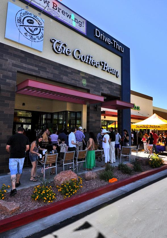 Block Party Celebrates Opening of The Coffee Bean & Tea Leaf and Jamba Juice in Summerlin