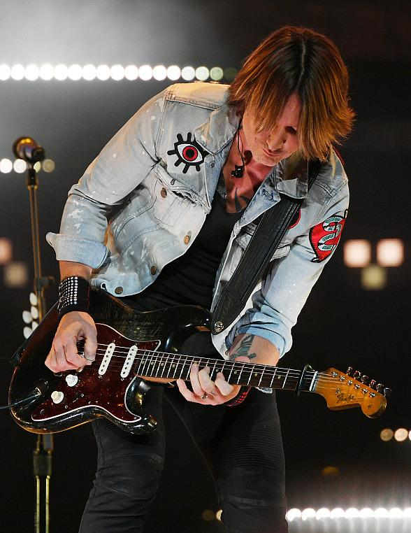 Caesars Entertainment Officially Relaunches the Colosseum in Las Vegas with Significant Technical and Guest Enhancements + Two Sold-Out Performances by Keith Urban