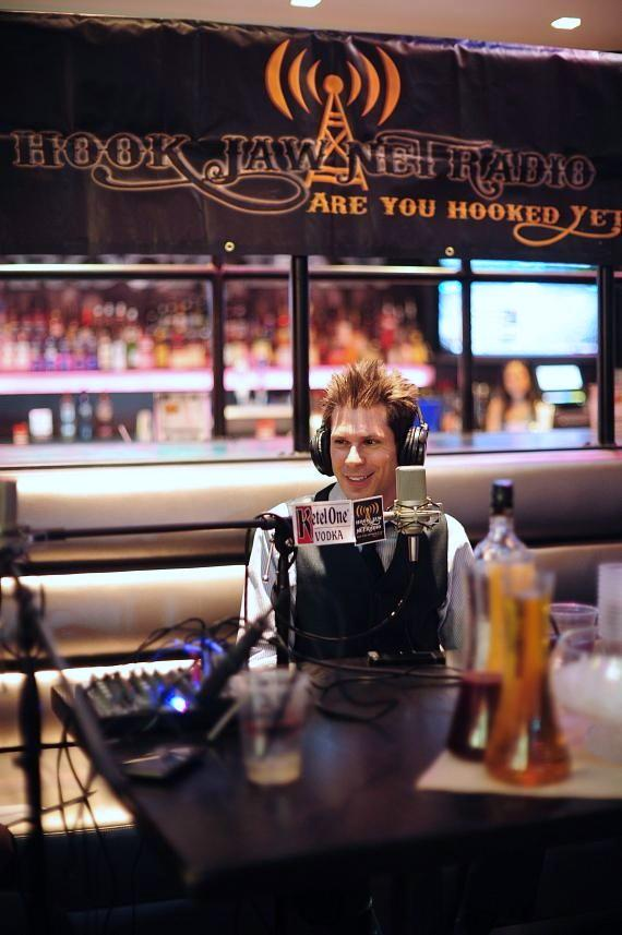 Mike Hammer in PBR Rock Bar at Planet Hollywood
