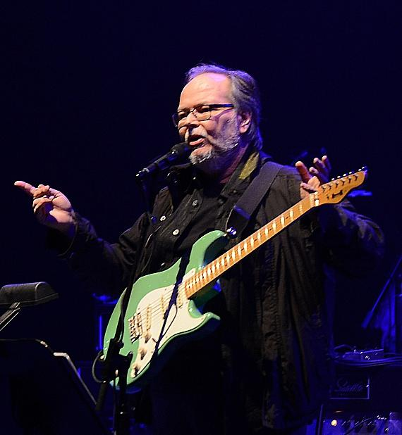 Walter Becker of Steely Dan performs at The Pearl at Palms Casino Resort
