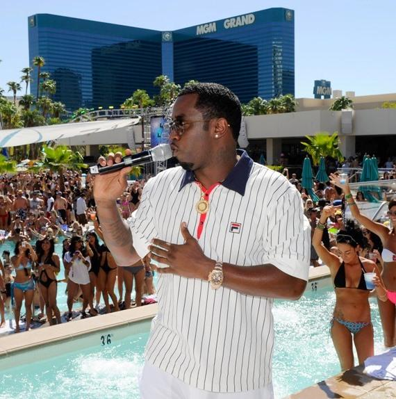 Diddy on the mic at WET REPUBLIC