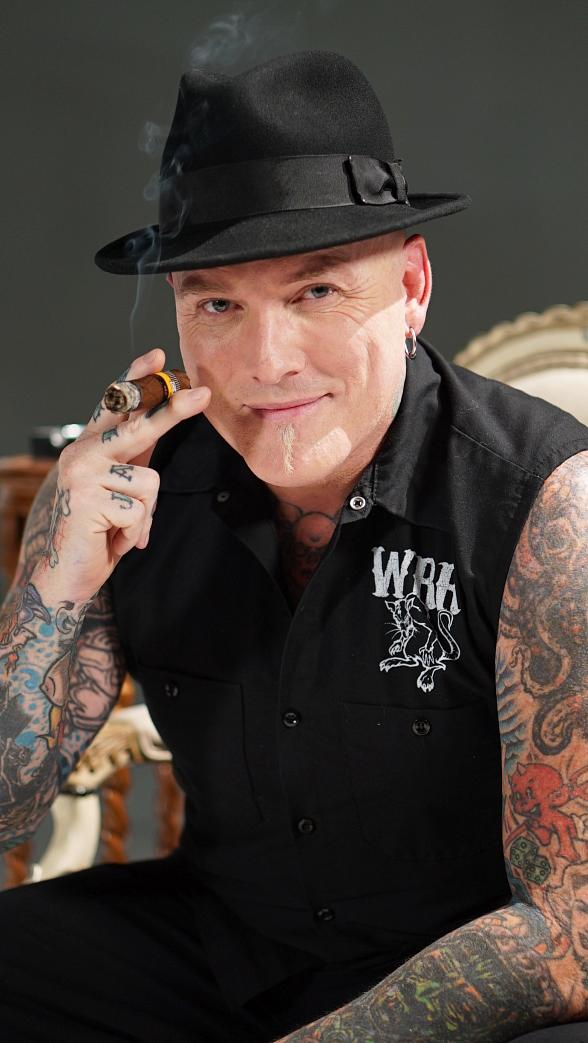 """Mike Hammer and Brian Shapiro of """"The Vegas Take"""" on CBS Sports Radio welcome Tattoo Artist Dirk Vermin, """"Personal Foul"""" Author Tim Donaghy, Elvis Impersonator Steve Connolly, Sports Handicapper Tom Barton and Journalist Robin Leach on Saturday, September 10"""