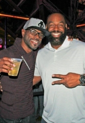 NFL Legend Donovan McNabb Makes Surprise Appearance at Chateau Nightclub & Rooftop in Las Vegas