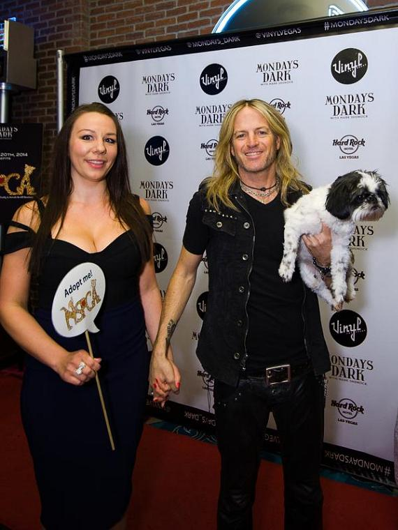 Doug Aldrich (Raiding the Rock Vault) and guest