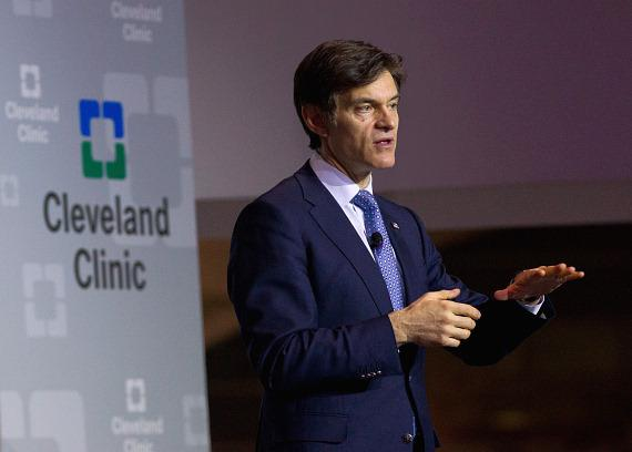 Dr. Oz at Keep Memory Alive Event Center