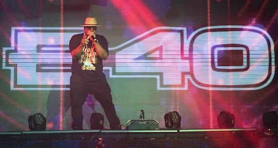 E-40 Performs at TAO Nightclub
