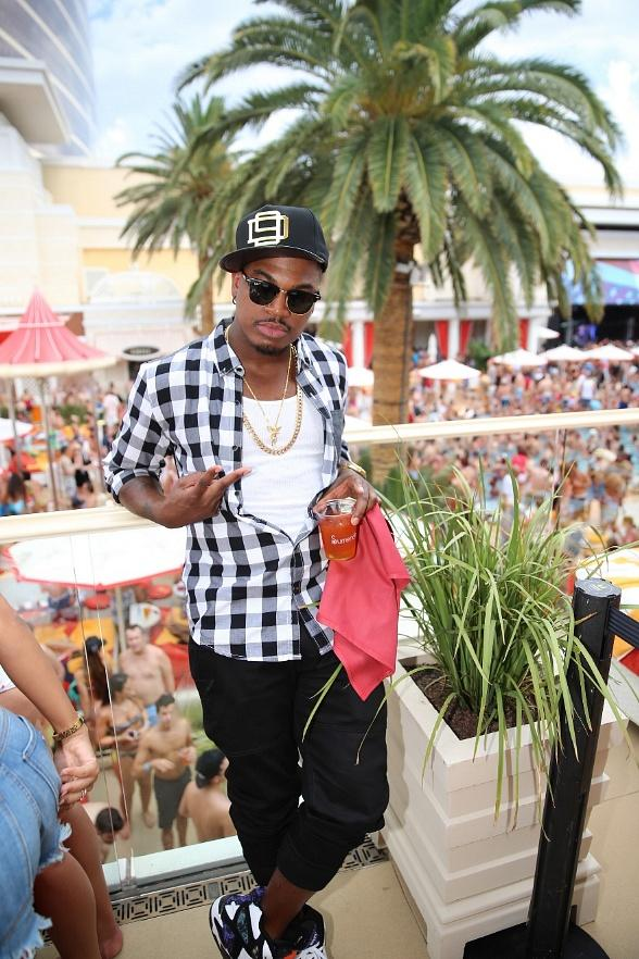 Ne-Yo at Encore Beach Club