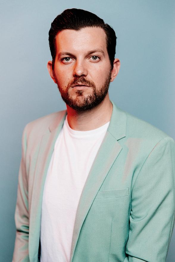 Wynn Nightlife Announces Dillon Francis' New Year's Eve Set; The Celebrity DJ to Celebrate The Biggest Night of The Year at Intrigue Nightclub Las Vegas
