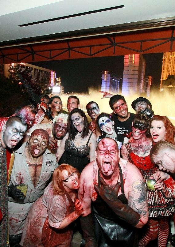 Eli Roth parties at Hyde Bellagio with GORETORIUM cast