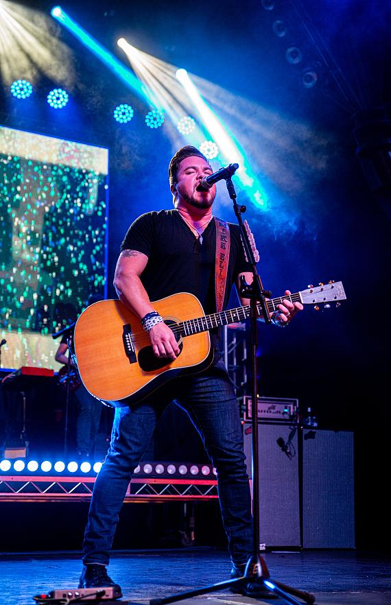 Eli Young Band delivers booming performance at Fremont Street Experience during Downtown Rocks
