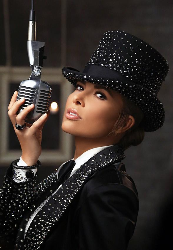 "Gloria Trevi's ""El Amor"" World Tour comes to The Cosmopolitan of Las Vegas Sept. 17"