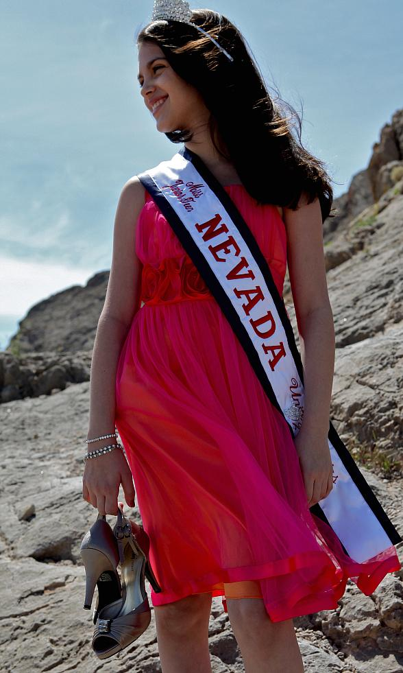 Local JDRF Youth Ambassador Fallon Smythe Crowned Miss Junior Teen Nevada
