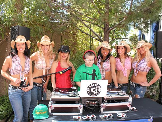 Ladies of FANTASY with DJ Baby Chino
