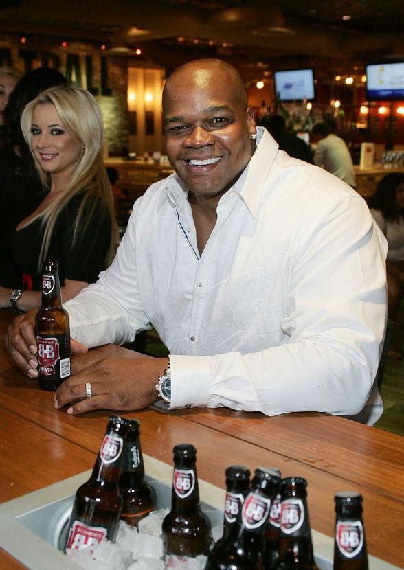 Frank Thomas with Big Hurt MVP Beer