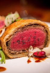 Gordon Ramsay Steak at Paris Las Vegas Celebrates Five Successful Years